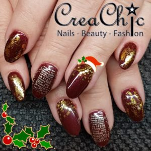 Acrylnagels met christmas nail art
