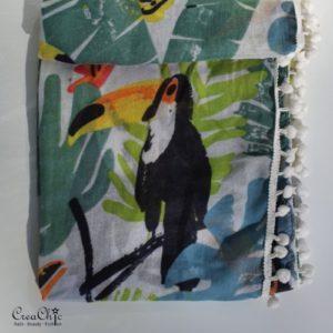 Sjaal jungle toucan pompons