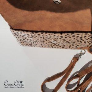 Tasje cheetah camel